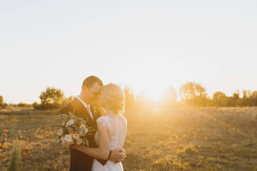 Bride and Groom: Margot and Glen – Photographer: Shutter and Lace