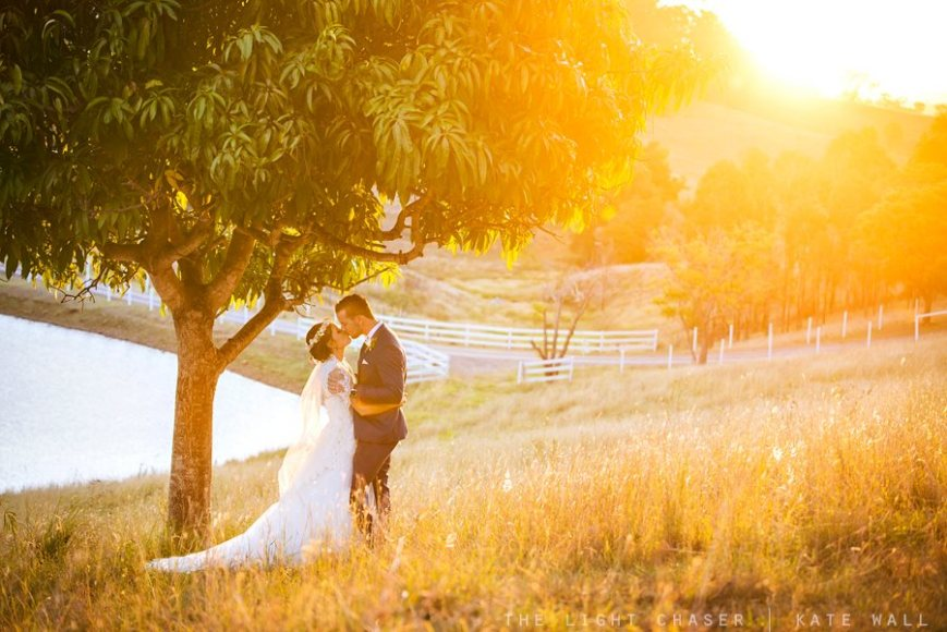 Bride and Groom: Jackie and Luke – Photographer: The Light Chaser